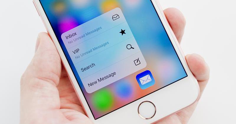 Jak posílat e-mailové skupiny kontaktů na iPhone a iPad