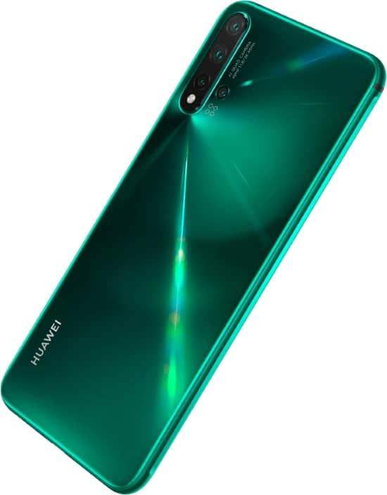 Huawei Nova 5 je dodáván s 48 MP čtyřnásobným fotoaparátem