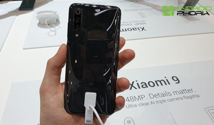 Xiaomi Mi 9 zpět