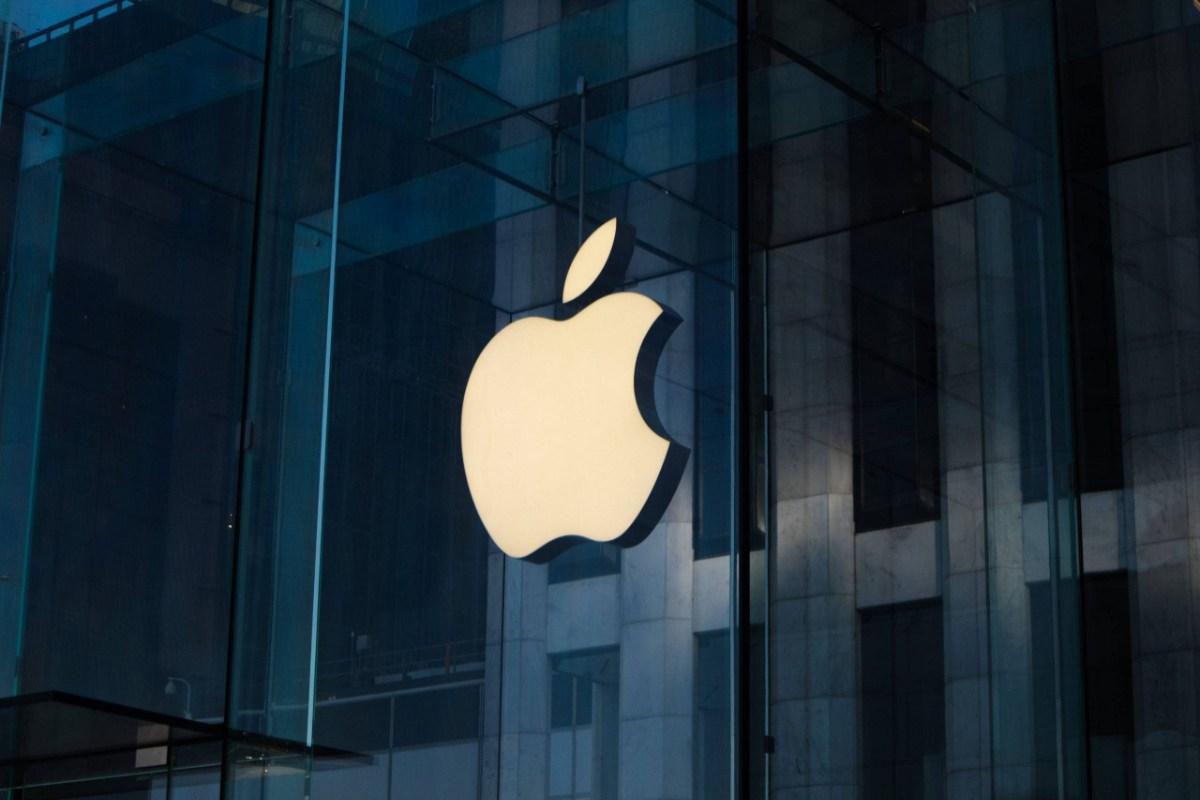 Apple zahajuje bezplatné kurzy, aby se naučil programovat a vyvíjet aplikace Ano, čtete to správně, Apple něco dává