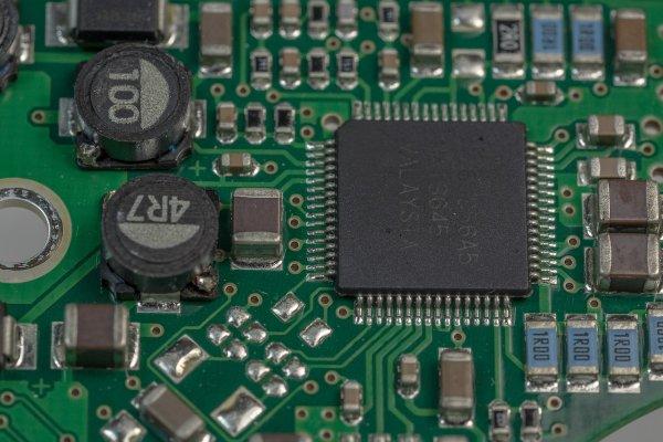 Jak číst datový list mikrokontroléru:…