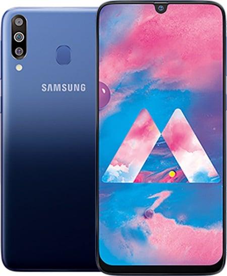 Samsung Galaxy M30 je dodáván v modré a černé barvě s trojitým zadním fotoaparátem